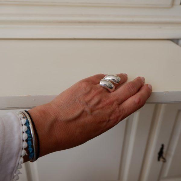 Grote brede zilveren ring